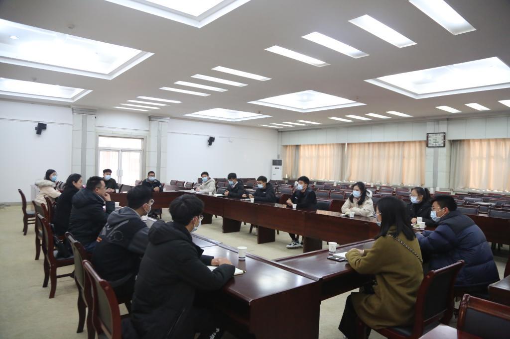 省教育厅督导组到安阳工学院调研指导2020级新生入学资格复查工作图3